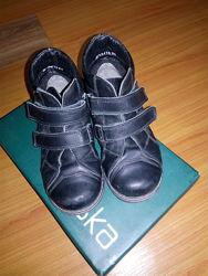 Демисезонные ботинки Braska р. 30 18 см