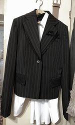 Женский приталенный пиджак Teddy элегантный, р. S-M, наш 42-44. Отличное с.
