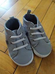 Пинетки-кроссовочки на мальчика