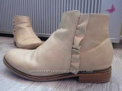 Ботинки Kiabi 35р