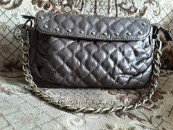 4ab8da36e0f0 Женская сумка почтальон FreshStyle стеганая с заклепками на молнии