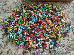 Игрушки из Киндер-сюрприза много разных комплект