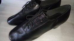 Латина для хлопця танцювальне взуття р.40