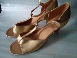 Танцевальные туфли на каблуке 5 см