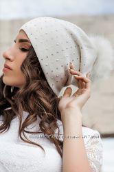 шапочка женская на флисе 52-56 помпон