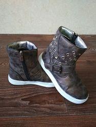 демисезонные ботинки для девочки 28-29 arial
