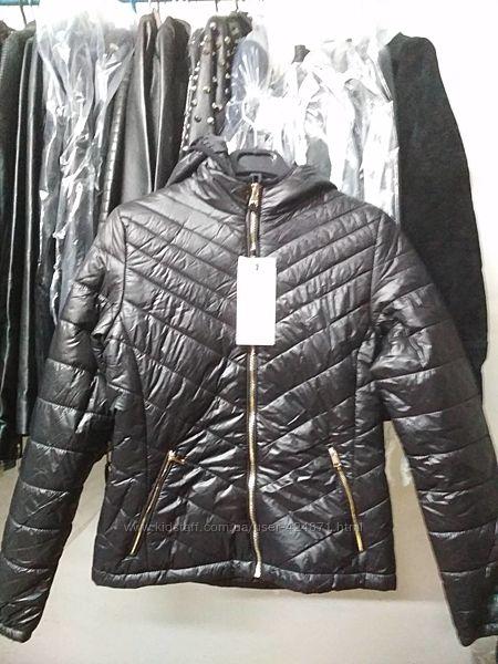 женская черная куртка утепленная xxs-xs bershka оригинал