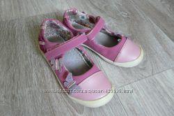Продам туфельки CENTRO на девочку