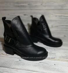 Стильные теплые ботинки натуральная кожа внутри набивная шерсть