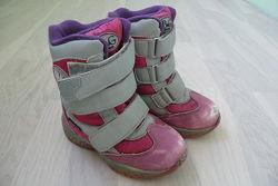 Зимние ботинки на девочку B&G р. 25 16, 3 см