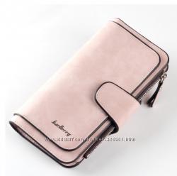 Нежно-розовый кожаный кошелек клатч Baellerry