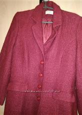 изысканое, нежное вишневое брендовое  пальто с моей пересылкой
