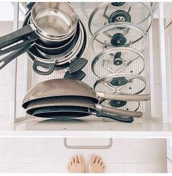 Для организации пространства на кухне . Подставки для крышек . ИКЕА .