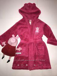 Флисовый халатик с любимой Peppa Pig.