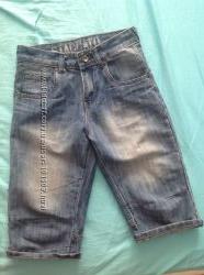 Бриджи джинсовые на мальчика  р. 152