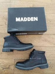 Нові демісезонні черевики Steve Madden