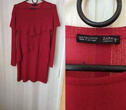 Класне плаття Zara.