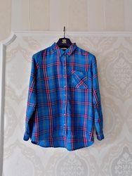Размер М Яркая фирменная натуральная рубашка в клетку