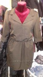 Платье с погонами-шипами