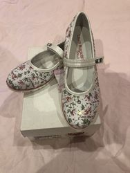 Туфли Laura Biagiotti 35 размер Италия