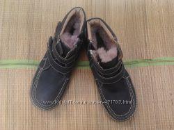 Зимние ботинки новые недорого нат. мех 35 36 р. Срочно