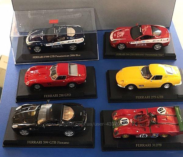 Модель Ferrari 1/43 в блистере