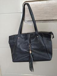 Черная сумка, кожа, 42х26 см