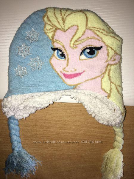 Зимняя шапка с Эльзой