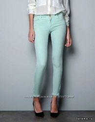 Мятные джинсы ZARA р. 34