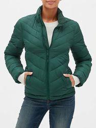 Утепленная куртка GAP  размер М
