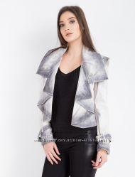 в наличии брендовая женская кожаная куртка BALIZZA размер 38