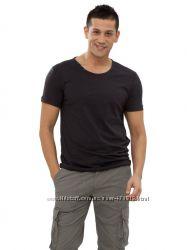 фирменная мужская футболка LC Waikiki черного цвета с пуговицами