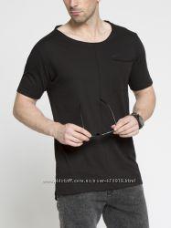 фирменная мужская футболка LC Waikiki насыщенно-черного цвета с карманом