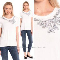 женская футболка LC Waikiki белого цвета с рисунком вокруг горловины