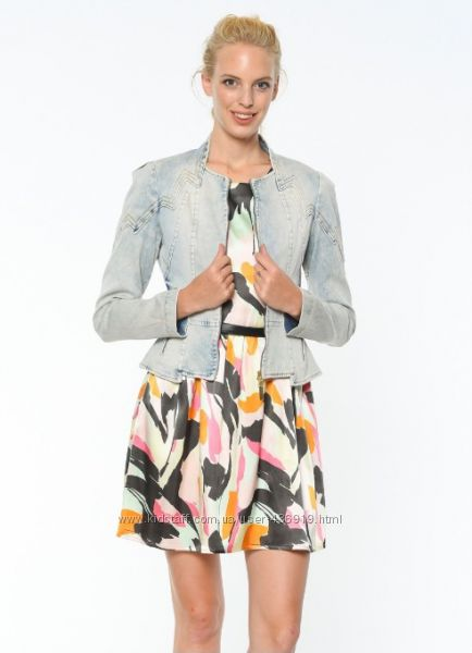 фирменный джинсовый пиджак GIZIA, размер 42 L-XL