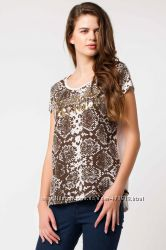 белая женская футболка De Facto с чешуйчатым принтом. фирменная Турция