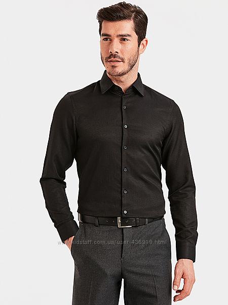 черная мужская рубашка LC Waikiki классического покроя с черными пуговицами
