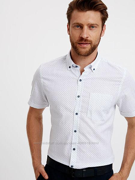 белая мужская рубашка LC Waikiki с коротким рукавом, с сине-серым принтом