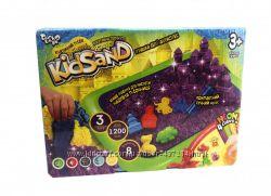 Кинетический песок KidSand 1200 г с песочницей  в наборе 3 цвета  подарок