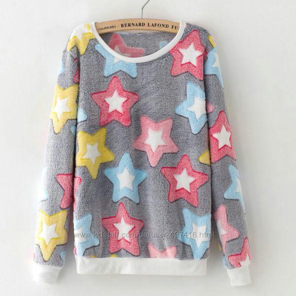 Мягкий женский свитер со звездами