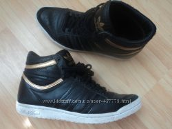 ботинки кроссовки Adidas р40, стелька 26см