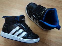 ботинки Adidas р20 стелька 12,6см