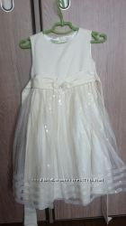 Милое нарядное платье для праздника 3-5 лет
