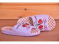 Комнатные тапочки для девочки  собачка с сердечком  30-35 размеры