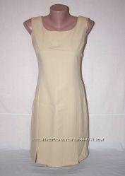 Бежевое летнее платье, р. 42-44 деловое, классическое