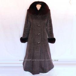 Пальто бу женское зимнее р. 44-46 песец воротник и рукава