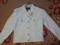 Снизила цену. НОВЫЙ джинсовый пиджак  Levis.  Ex-Boyfriend Trucker Jacket