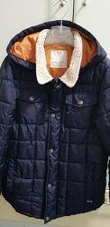 Продам отличную деми куртку Zara на мальчика