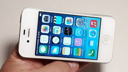 Apple iPhone 4 White / neverlock/ iCloud чистый