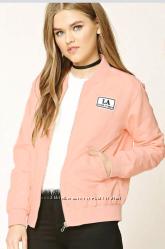 Бомпер розового цвета